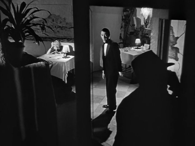 film citizen kane essay Film history & research citizen kane film essay orson welles' citizen kane success the first time around is very uncommon orson welles's first feature film richly.